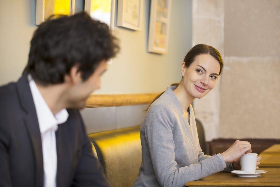 Seduzione, nuova ricerca: decifrato il codice del flirt