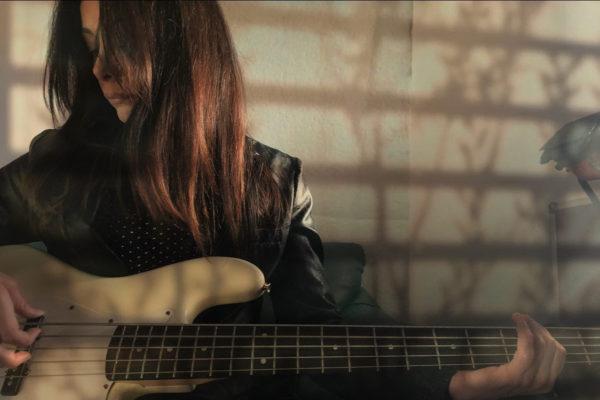 """Sonorità tarantiniane, """"Rabbit Hole"""" è il nuovo video di ShE!NoThinG"""