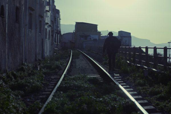 'Amare Amaro' di Julien Paolini, l'Antigone di Sofocle nella Sicilia di oggi