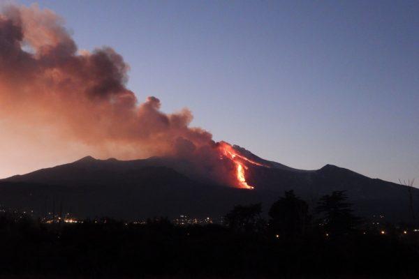 eruzioni recenti etna sicilia