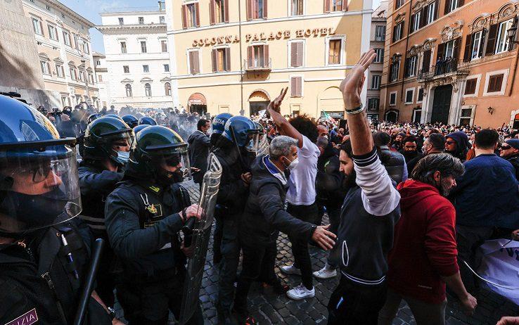 """Da nord a sud, """"mappa"""" tra scioperi e proteste dei commercianti nella pandemia da Covid"""