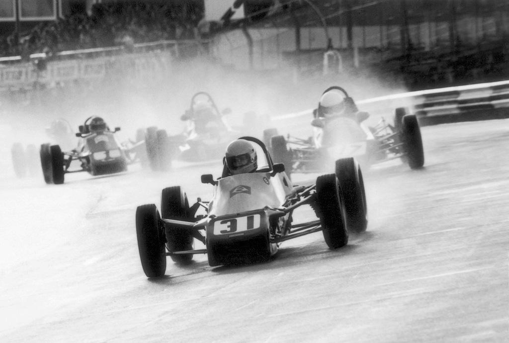 Ayrton impegnato in Formula Ford nel 1981