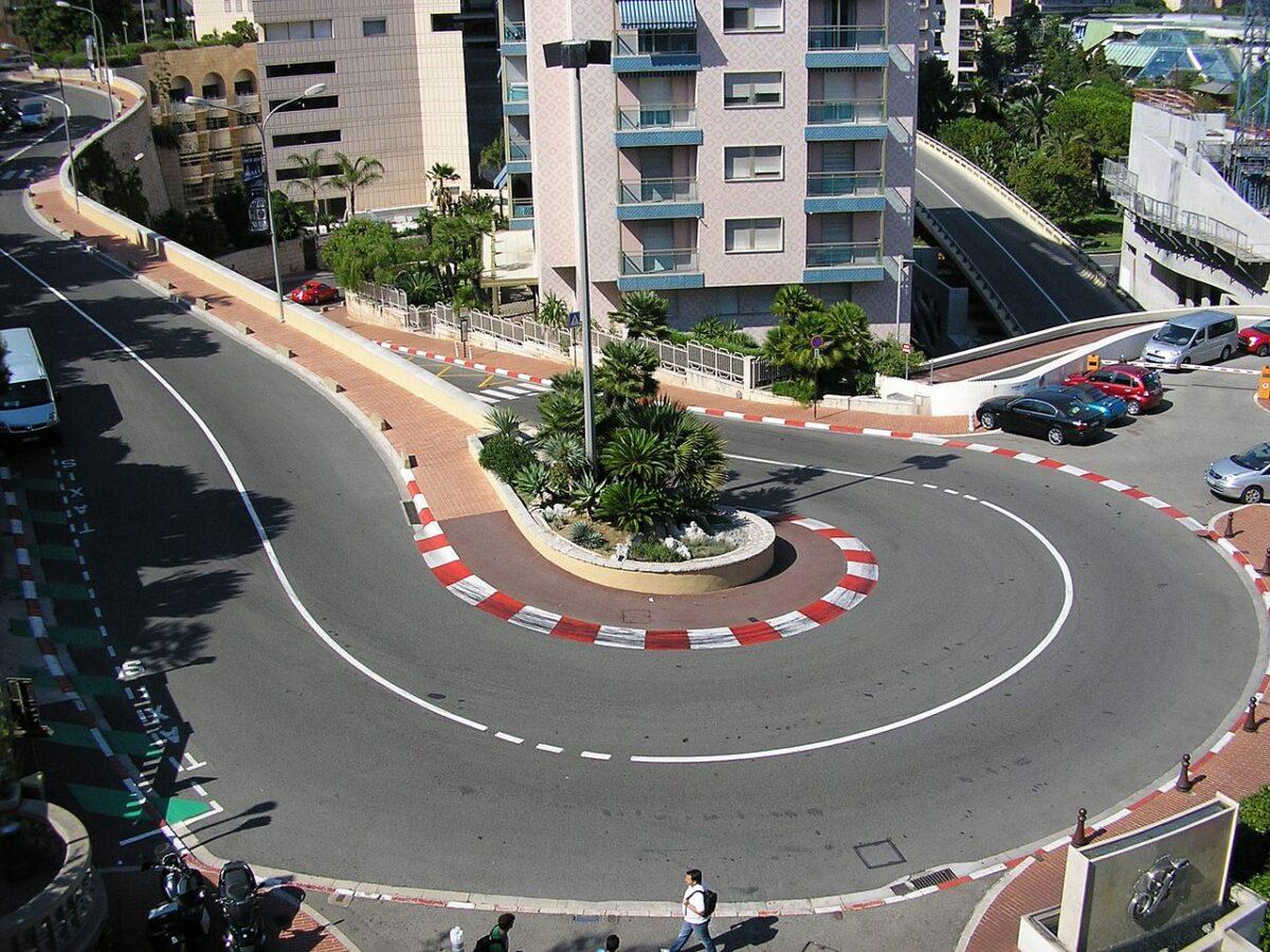 """Sommessamente #20 - Sulle strade del principato con la """"F1 Dimenticata"""""""