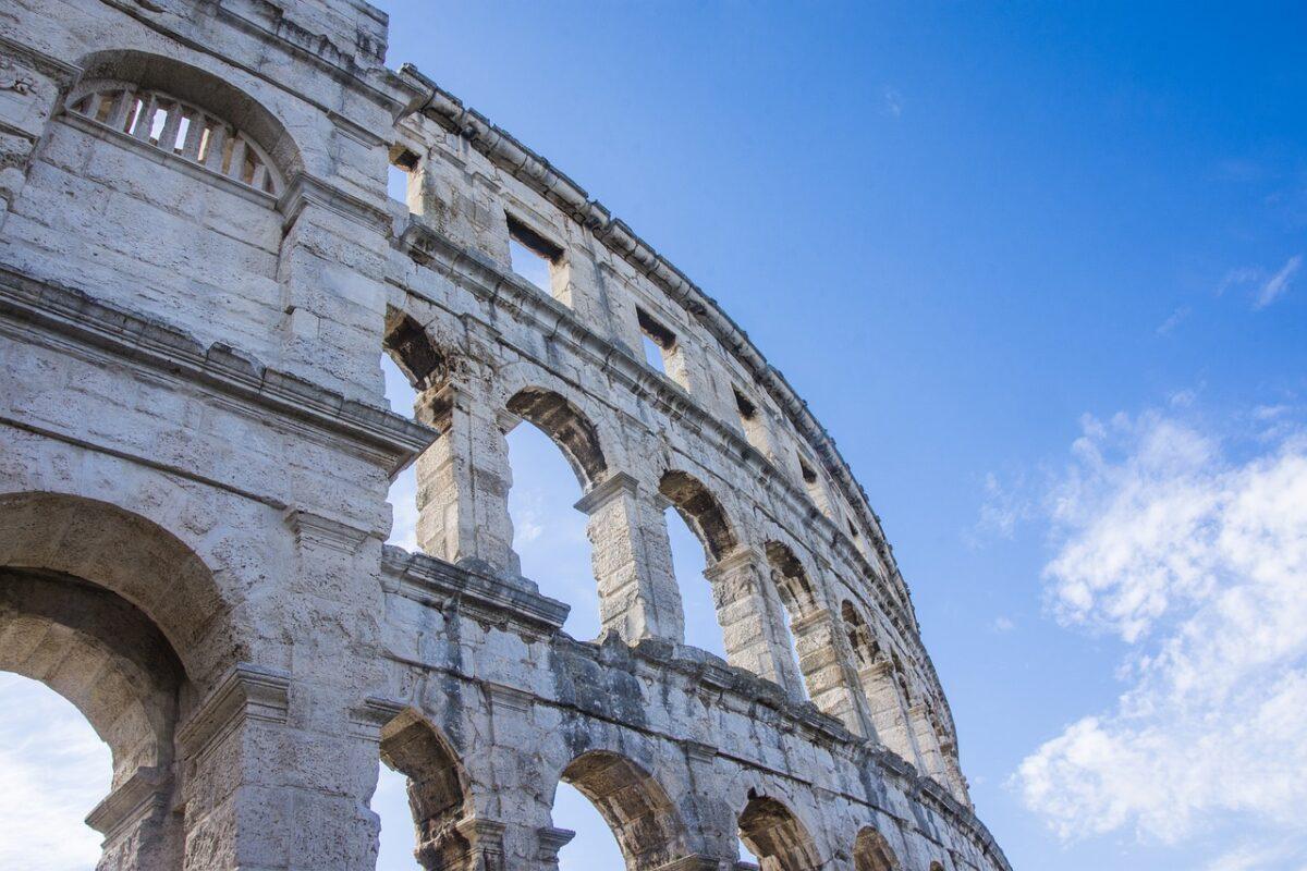 ricostruzione arena del colosseo