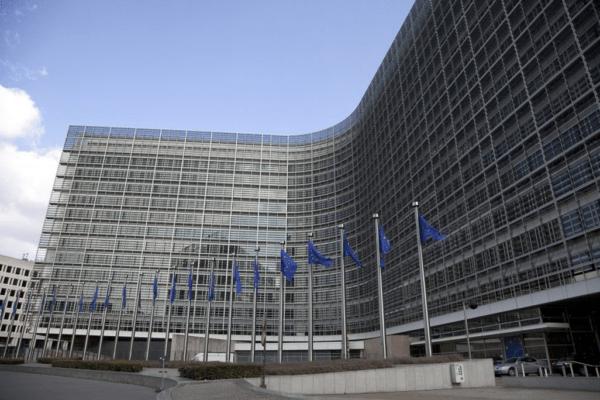 Le licenze in Europa sono un problema: il sistema multi-licenze unica barriera contro l'illegale