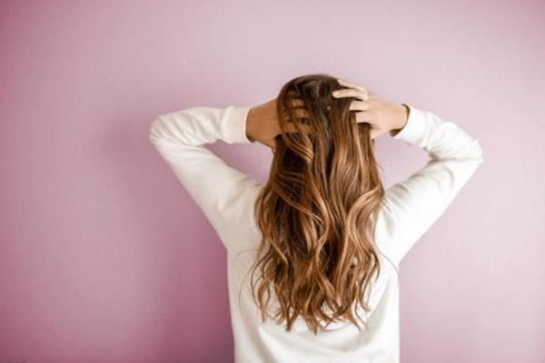 Cura dei capelli: dalla scelta dello shampoo all'asciugacapelli