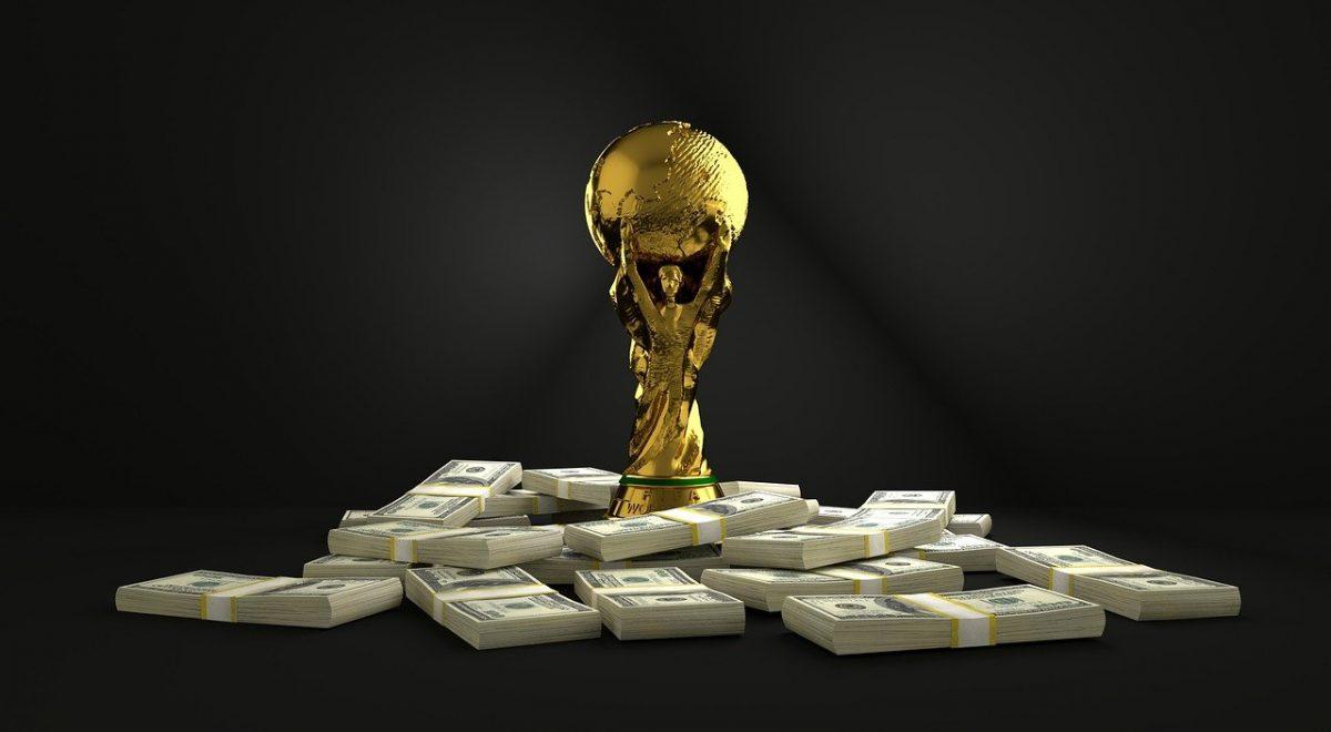 Le critiche e le polemiche per i mondiali in Qatar