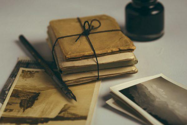 Dai papiri alla PEC, la storia della posta in 10 momenti